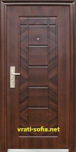 Блиндирана входна врата 018-7