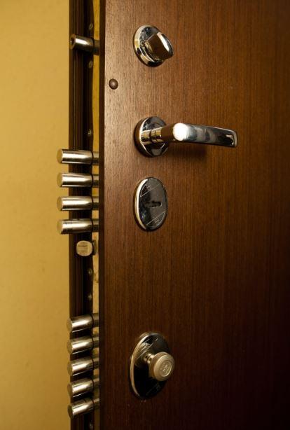 врата-за-панелно-жилище