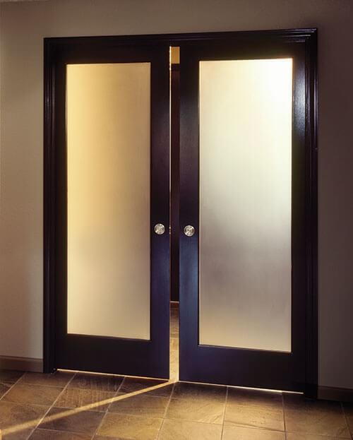 Интериорни врати от стъкло - предимства и недостатъци